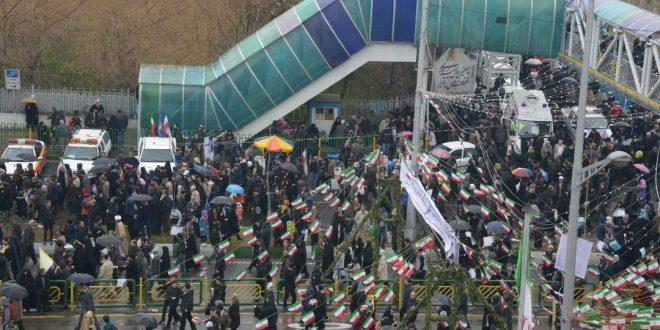 طرح بیعت با پرچم در پردیس فرهنگی شهرداری منطقه یک اجرا می شود